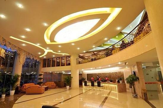 Benefit Hotel Jiujiang : 大堂