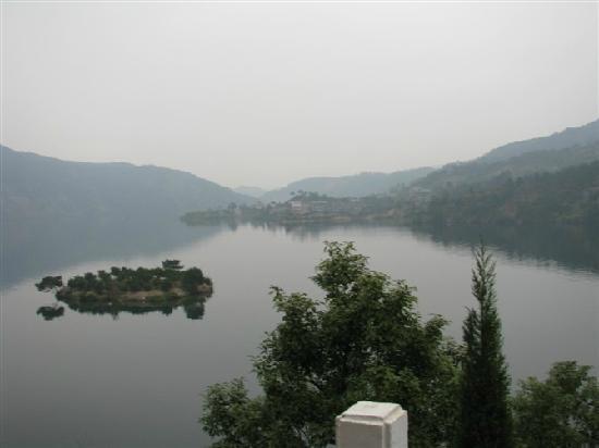 Quzhou, China: 湖面