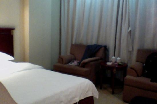 Hebi Hotel