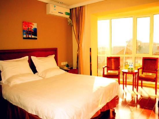 Green Tree Inn Tianjin Tanggu River North Road of Foreign Goods Market Business Hotel