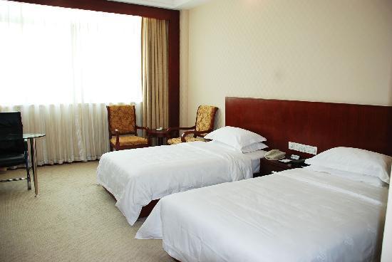 Nanhai Huimei Hotel: 主楼双人房