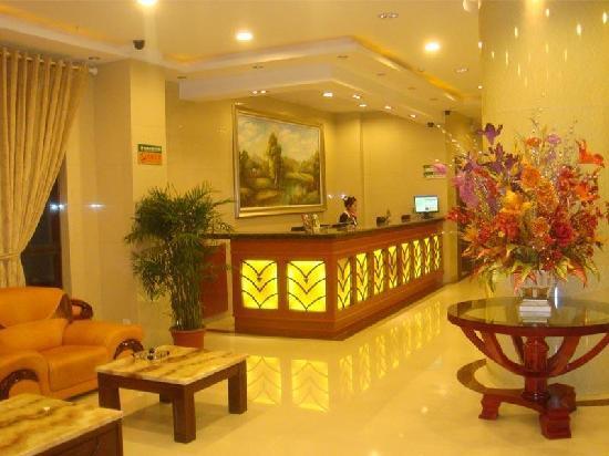 GreenTree Inn Wuxi Qianqiao Express Hotel: 大堂