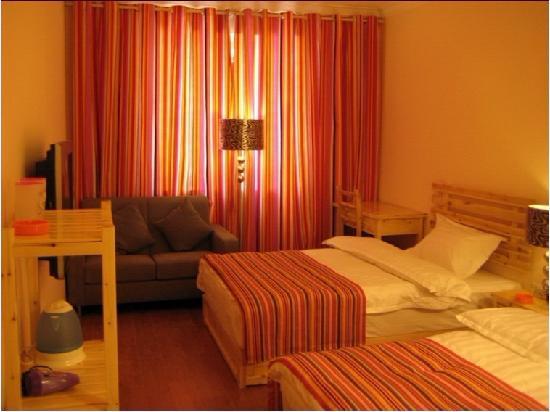 Long May Youth Hotel : 标准间2
