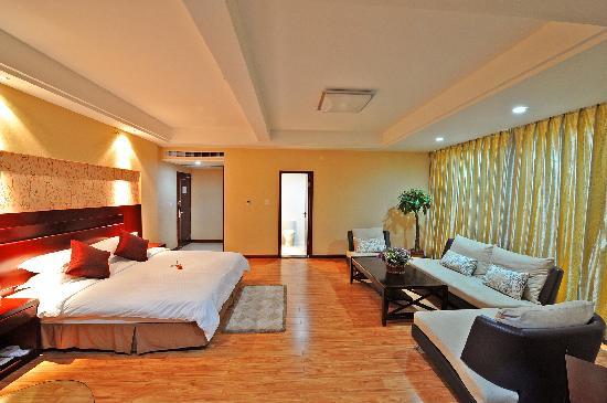 Suichang Hotel: 大床房