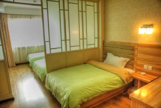 Qianlong Hotel: 照片描述