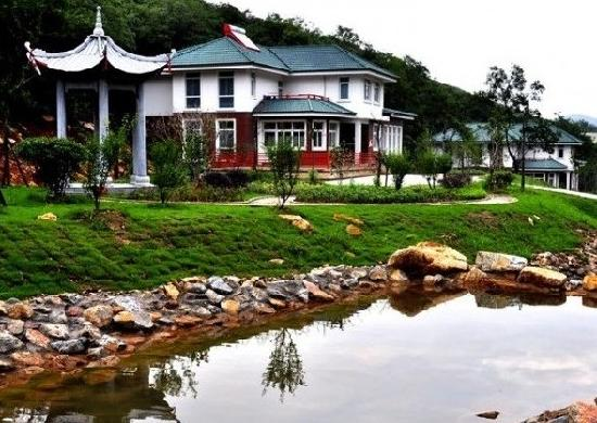 Jiutianfeng Resort: 酒店山涧别墅群