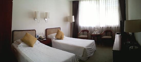 Yuanwanglou Hotel: A座标双客房的房间