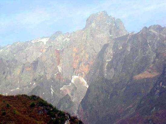 Wen County, Cina: 文县雄黄山—陇南之最【海拔最高】海拔4187米,