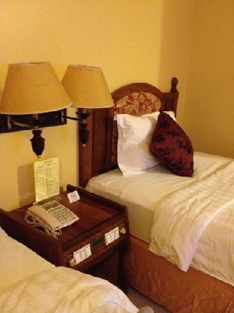 Ohana Phnom Penh Palace Hotel: Room