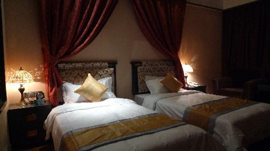 Taihang Mingzhu Express Hotel: p1020613