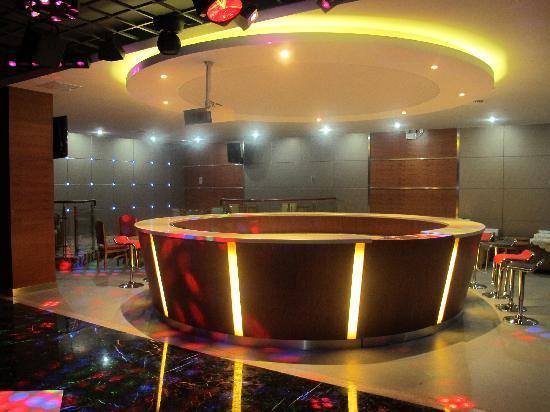 Jin Hu Hotel Wuxi: 歌厅大厅