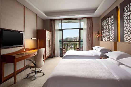 Sheraton Qingyuan Lion Lake Resort