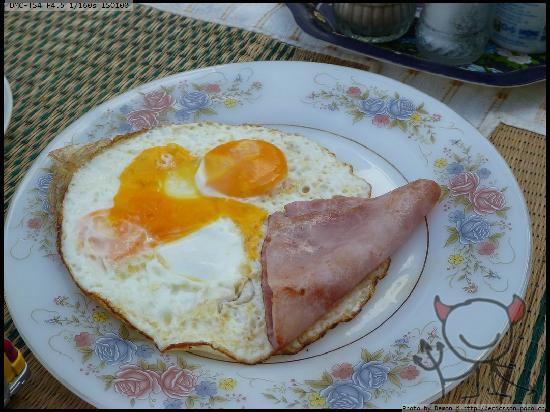 Arun Seaview Apartment: 美式早餐,90B