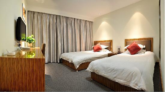 Mingjue Business Hotel: 普通标准间