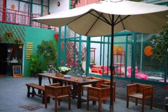 Hidden Garden International Youth Hostel: 650__pic_2_110808214718