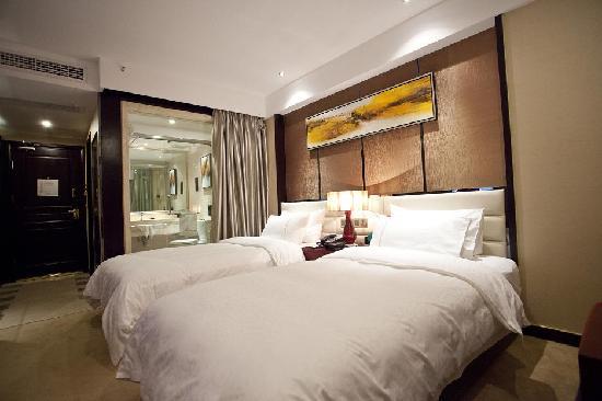 Minghao Hotel : 标准双人间
