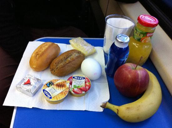 Hotel de la Paix: 酒店准备的带走早餐