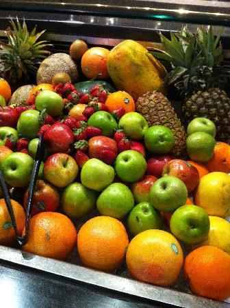 Mercure Sydney International Airport: 早餐水果