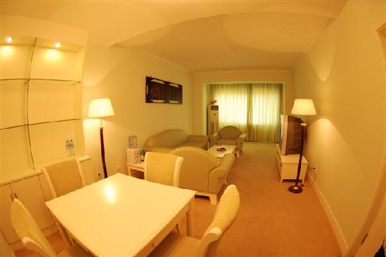 Jinhaiwan Resort: 套房客厅