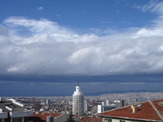 Sheraton Hotel & Convention Center Ankara : 俯瞰酒店