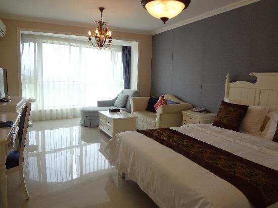 Qinhuang Apartment: 地中海风情房1