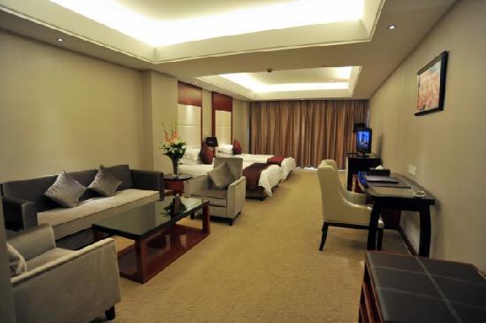 Baisheng Huijin Hotel: 商务标准间