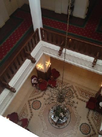 دالات بالاس لاكشري هوتل آند جولف كلوب: 从客房俯瞰lobby