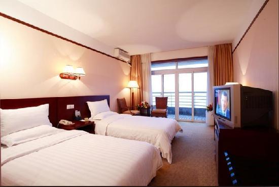 Oriental Landscape Holiday Hotel : 标间客房