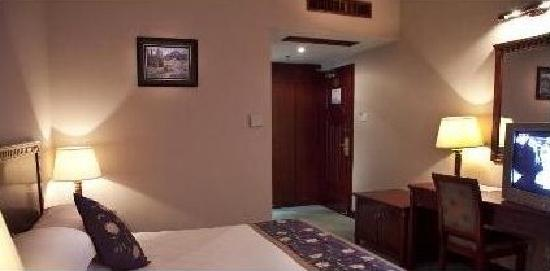 Huayin Hotel