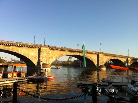 P london bridge picture of london bridge lake havasu for Design agency london bridge