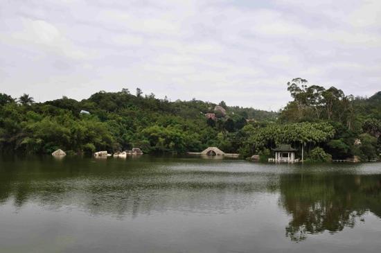 Xiamen Botanical Garden: 万石湖