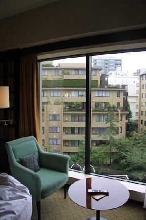 Sheraton Miyako Hotel Tokyo: 安静的街景房