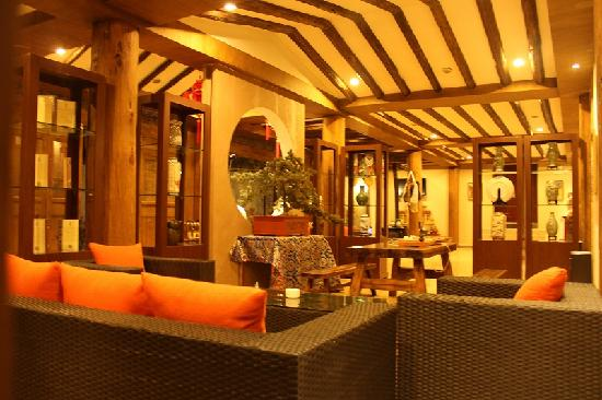 Shengjinglinka Manor: 酒店大堂