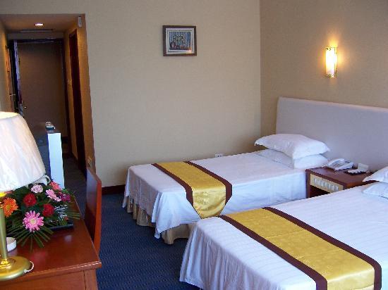 Hui Yuan Hotel : 惠苑酒店是按三星级标准设计、配置的会议、商务型酒店。