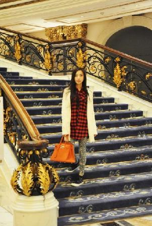 Legendale Hotel Beijing: 酒店的楼梯很漂亮