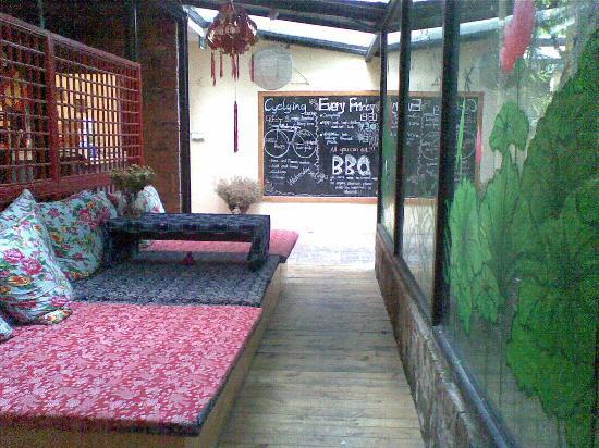 Wada Hostel: 09072012_021