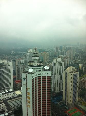 Asia International Hotel: 酒店旋转餐厅远望