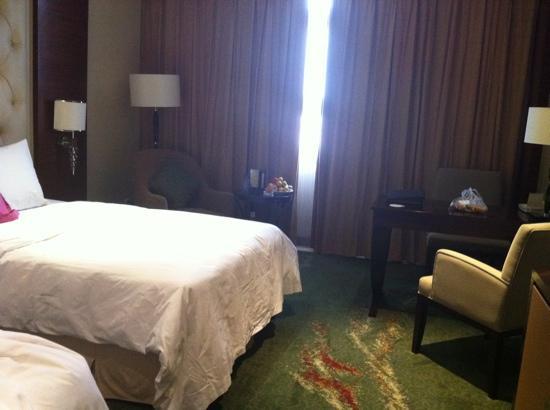 Yuanhe Jianguo Hotel: 客房