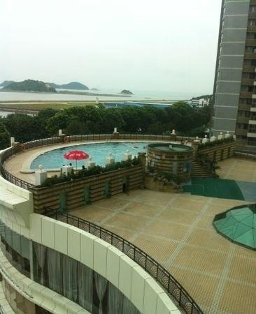 Harbour View Hotel And Resort: 泳池