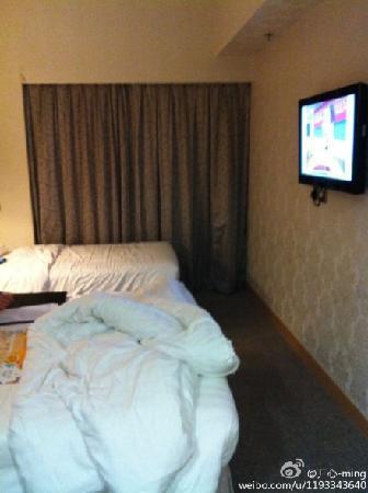 H1 Hotel: 不好意思,睡觉才想起要照一张。