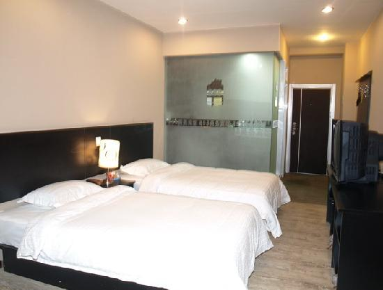 898 Business Hotel