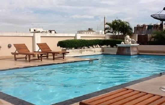 Rikka Inn: 天台泳池