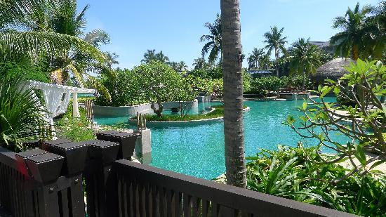 Hilton Sanya Yalong Bay Resort & Spa: 游泳池
