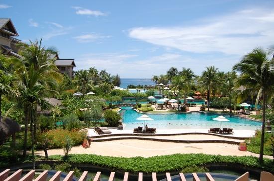 Hilton Sanya Yalong Bay Resort & Spa: 大堂外风景