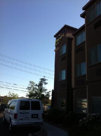 ไมโครเทลอินน์ & สวีท ลาสเวกัส: 不错的酒店。