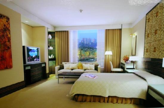 Golden Island Hotel