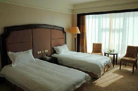 Guangtian Hotel: 广天大厦豪华双人房