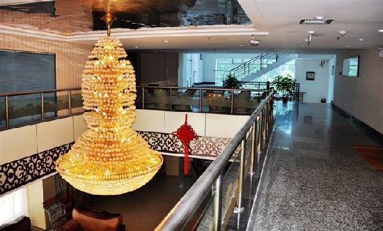 Yuxiang Hotel : 2楼大厅
