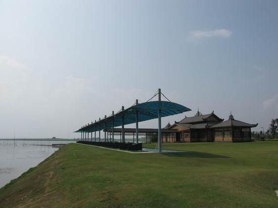 Liangzi Lake Dragons-Bay Resort
