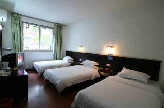 Lingjuli Hotel: 照片描述